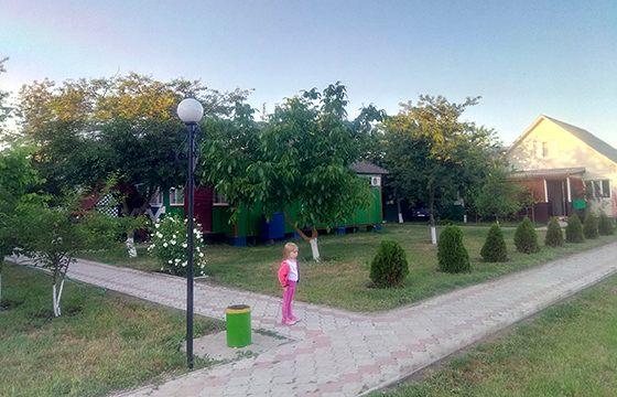База відпочинку Більшовик - Приморське