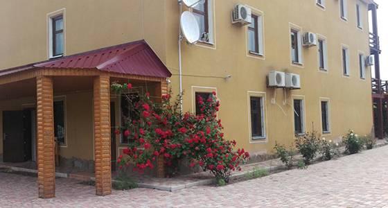Кирилівка база відпочинку в центрі фото