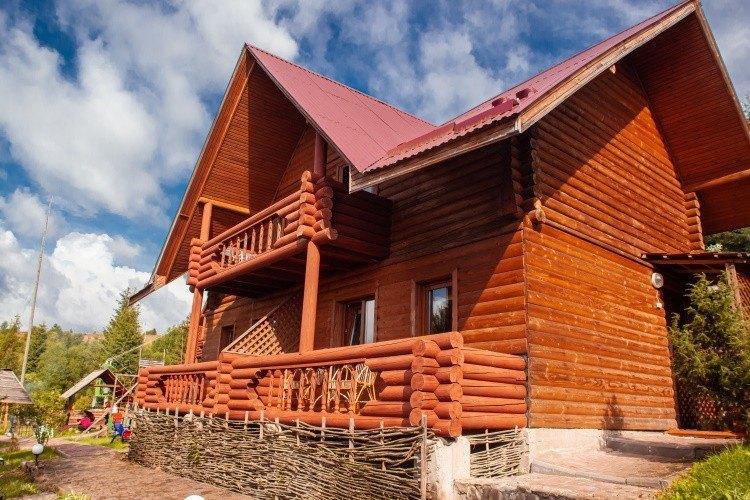 Відпочинок в Карпатах, база відпочинку «Бойківський двір», Ясениця-Замкова (Розлуч)
