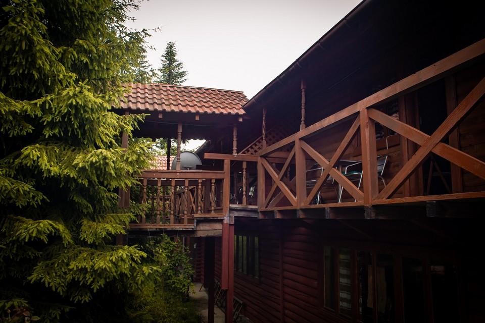 Відпочинок в Розлучі, база відпочинку «Бойківський двір», Ясениця-Замкова (Розлуч)