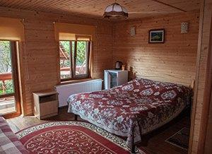 Відпочинок в Карпатах котеджі, база відпочинку «Бойківський двір», Ясениця-Замкова (Розлуч)