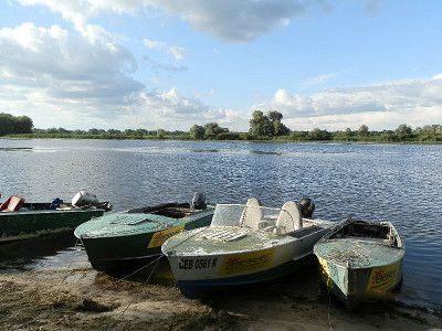Відпочинок біля річки, рибальська база «Дельта Росі»