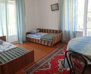 Відпочинок у Приморському (Кілійський район), база відпочинку «Фрегат»