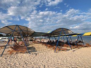 Кирилівка база відпочинку на пляжі