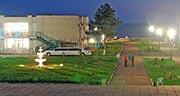 База отдыха «Красная гвоздика», Набережное