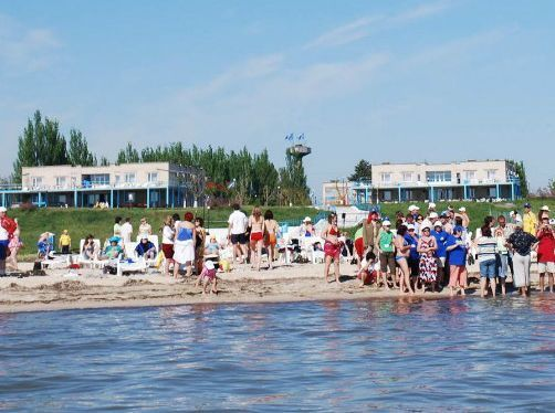 База отдыха «Красная гвоздика», г. Приморск, пос. Набережное