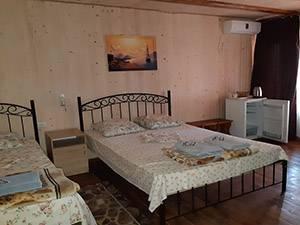 База відпочинку Шовковик Затока номер стандарт
