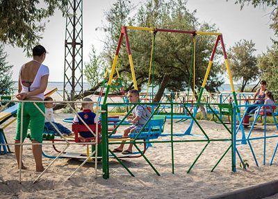 Отдых в Приморском база отдыха «Ветерок»