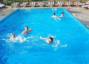 Приморское база отдыха «Ветерок» бассейн фото