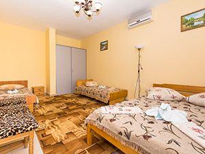 Пляжный отдых под Одессой, база отдыха «Ветерок»