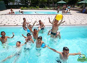 Дитячі табори на Чорному морі