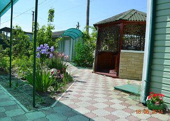 Будинок на Азовському морі подобово