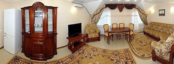 Готель в Приморську