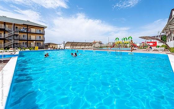 База відпочинку в Кирилівці на пляжі