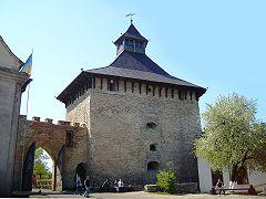 Меджибожский замок, врата