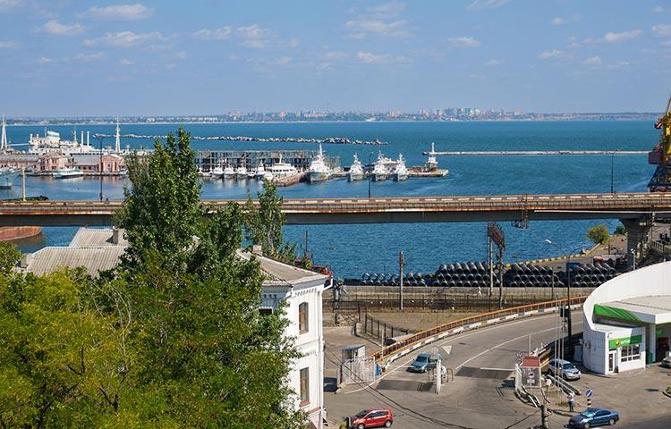 Відпочинок в Одесі морський порт
