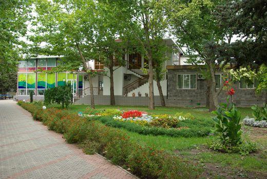 Оздоровительный комплекс «Прибой» в Приморске, территория