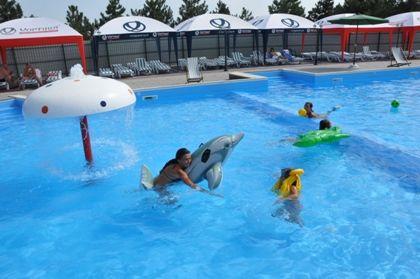 Відпочинок у Приморську, ОК «Прибій», басейн