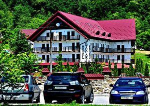 Шаян готелі