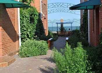 Готелі Кирилівки фото готелю Альбіон