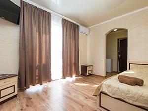 Чорне море Затока готель Олександр