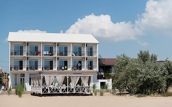 Пляжний готель Алион