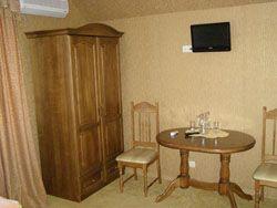 Готель на трасі Київ-Чоп