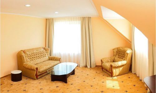 Літній відпочинок в Закарпатті, готель «Благодать», Шаян