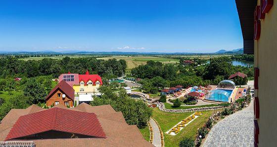 Відпочинок в Карпатах з басейном, готель «Благодать», Шаян