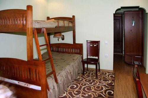 Відпочинок в Карпатах з дітьми, готель «Благодать», Шаян