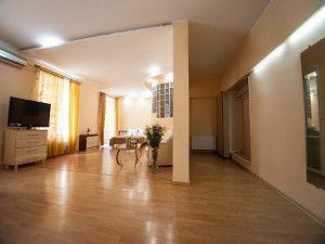 Готелі на Дерибасівській