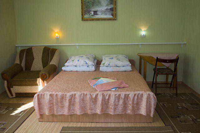 Відпочинок у Синяку, готель «Добош»