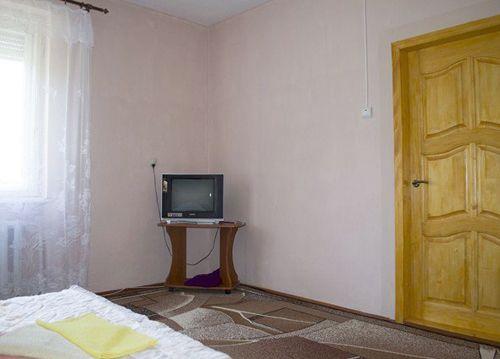 Відпочинок та лікування в Синяку (Карпати), готель «Добош»