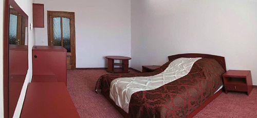 Відпочинок у Закарпатті 2018, готель «Ерней-Лаз», Шаян