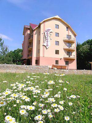 Готель в Поляні