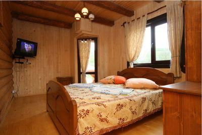 Відпочинок у Пилипці влітку, готель «Газдівська хижа»