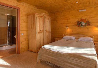 Готель у Карпатах