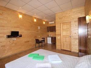 Острів Бирючий готелі ціни