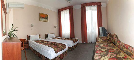 Львів готелі