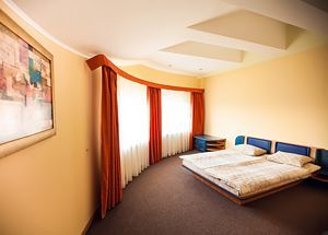 Львів готелі недорого