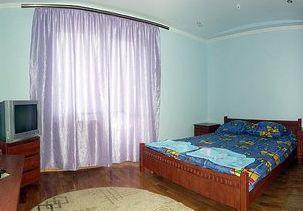 Відпочинок у Косові, готель «Косів»