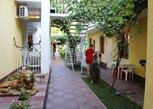 Недорогий готель в Затоці