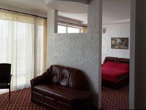Готелі на морі в Україні
