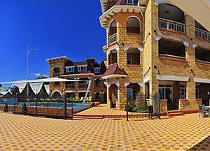 Пляжні готелі Затока