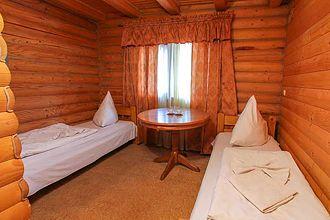 Житло біля Буковеля, готель «Міленіум», Микуличин