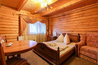 Недорогий відпочинок у Карпатах Микуличин, готель «Міленіум»