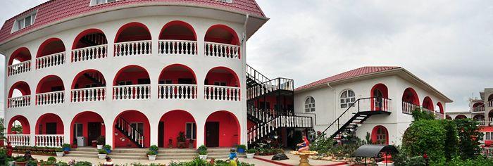 Готель в Миколаївці Крим