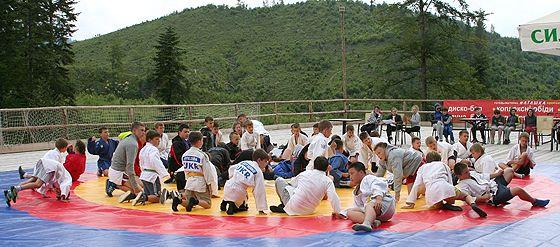 Дитячий табір у Карпатах
