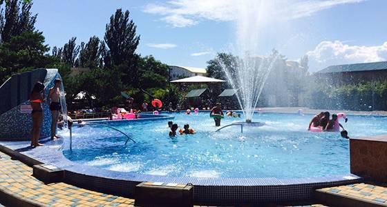 Коблево готель Одеса басейн