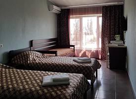 Готель Одеса Коблево 3-х місний напівлюкс